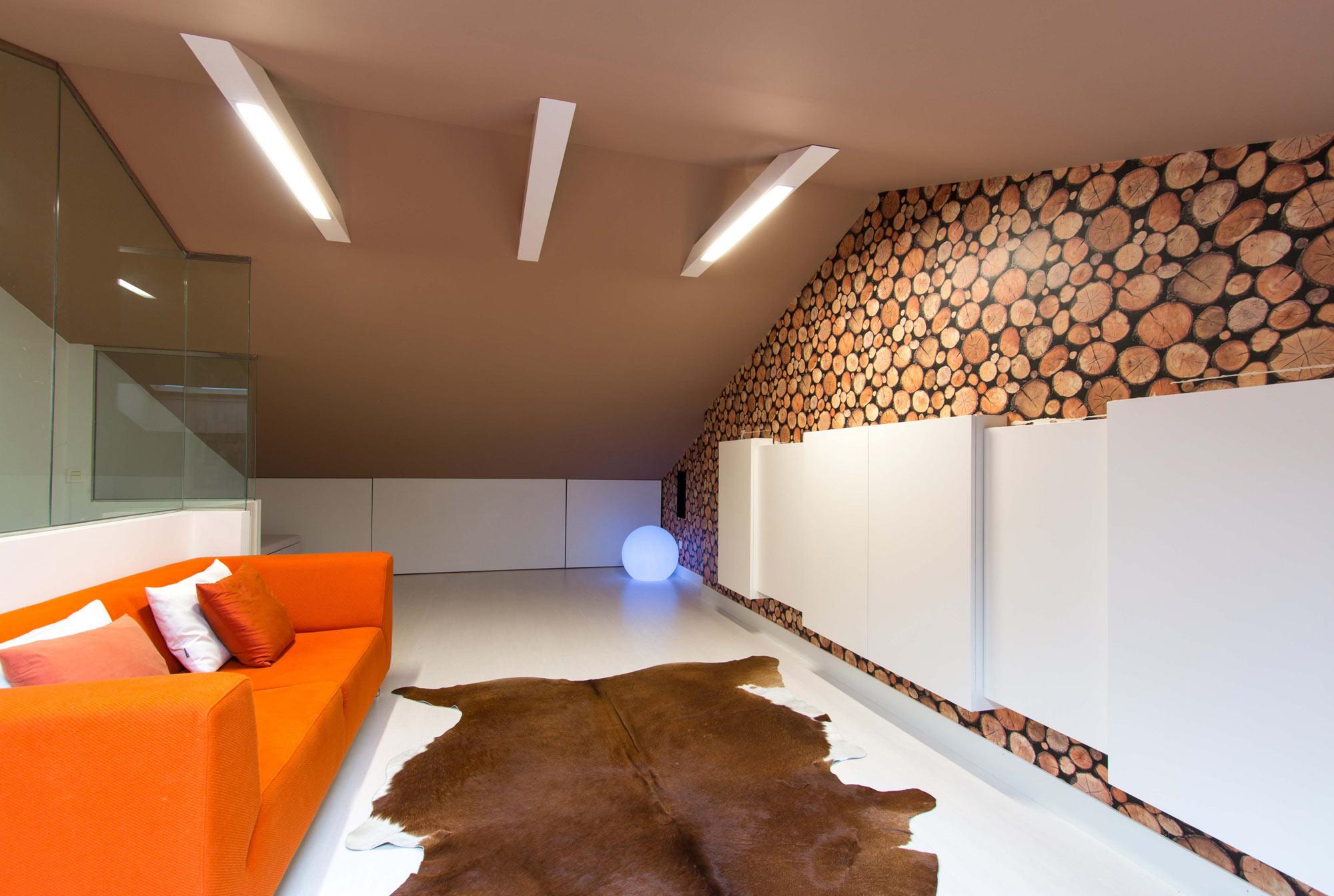 Adosado estilo n rdico interdecor bilbao - Como pintar un techo ...