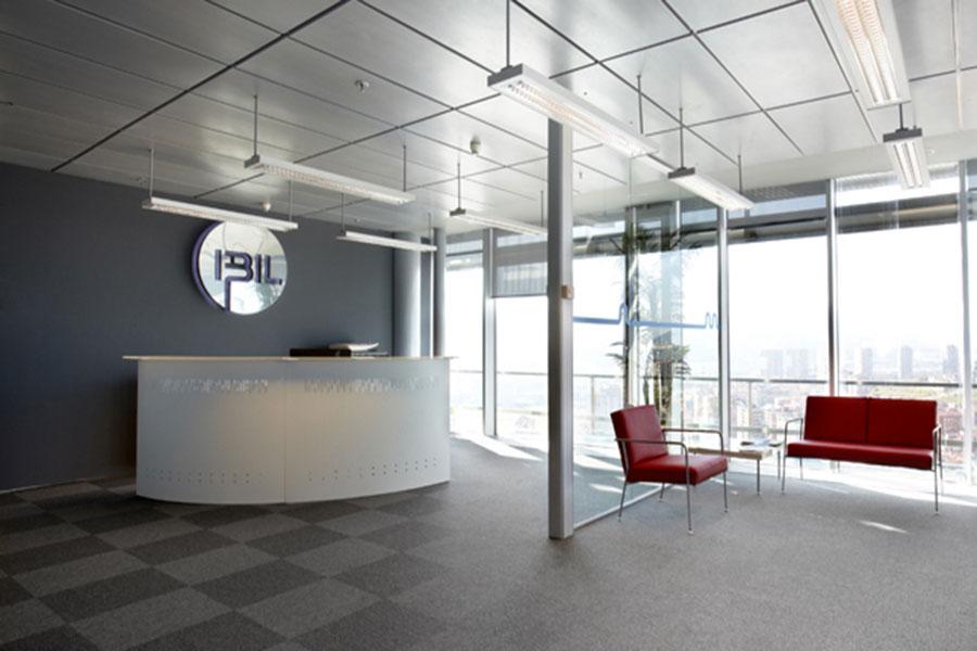 Oficina moderna en barakaldo interdecor bilbao for Oficina consumidor barakaldo